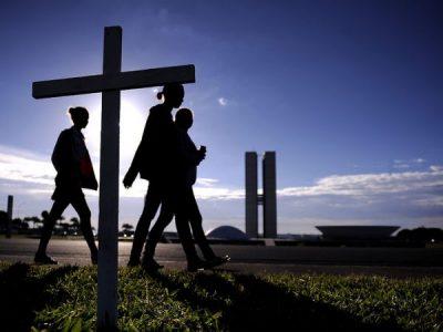 Religião e Política: Riscos para a Democracia