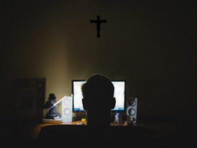 ViolênciaCibernética Cristã:Por que seguidores de Jesus aderem ao discurso de ódio?