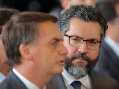 Deus, Olavo de Carvalho e Bolsonaro – tem como dar errado esse governo?