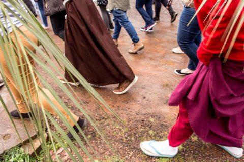 Fernanda Scherer- Diversidade religiosa e a revolução social