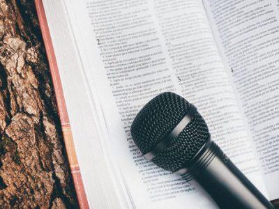 Projetos de poder em nomes de Deus: a religião como cabo eleitoral
