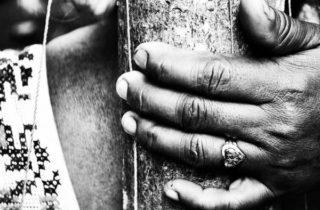 Entre a crença e a violação