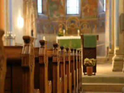 A pandemia e a crise de legitimidade religiosa
