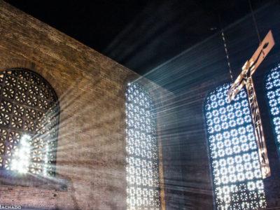 Experiências de aprendizado por meio da arte de Claúdio Pastro no espaço sagrado de Aparecida/ SP