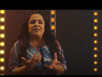 O silenciamento espiritualizado na voz de uma mulher